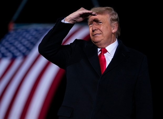 My: Ong Trump cam ket chuyen giao quyen luc, len an bieu tinh bao luc hinh anh 1