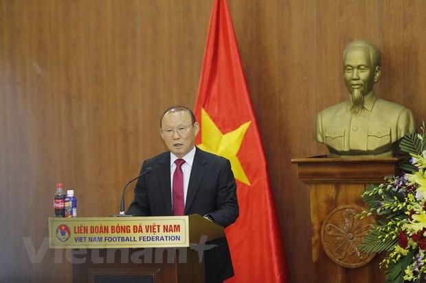 HLV Park Hang-seo tiet lo tung co y dinh roi Viet Nam sau thanh cong hinh anh 1