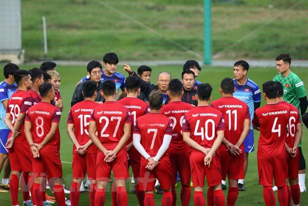 HLV Park Hang-seo: 'UAE se choi tat tay nhung tuyen Viet Nam khong so' hinh anh 1