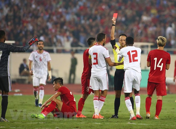 HLV Marwijk: 'UAE khong dang thua Viet Nam, chac chan se phuc thu' hinh anh 1