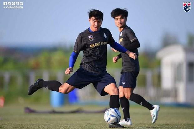 Thai Lan lach luat, bo sung hai cau thu da SEA Games 30 va U23 chau A hinh anh 1