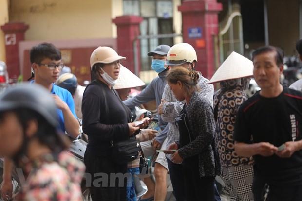 CDV chen chuc mua ve tran Nam Dinh-HAGL bat chap lo ngai dich COVID-19 hinh anh 8
