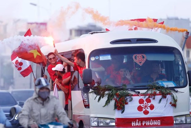 "Vong 10 V-League 2020: So mua phao sang, nghi ngai ""vo san"" lap lai hinh anh 1"