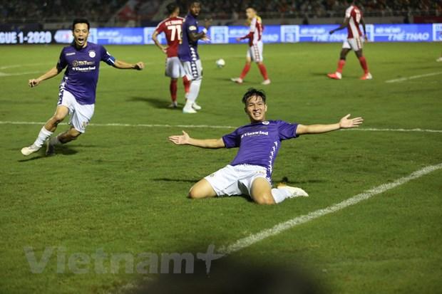 Cong Phuong bi tu choi penalty, TP.HCM thua tan nat truoc Ha Noi FC hinh anh 2