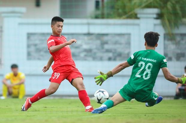 HLV Park Hang-seo cung U21 Viet Nam du dau giai quoc te tai Phap hinh anh 2
