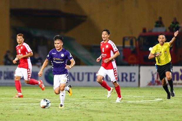 5 diem nhan tran Ha Noi FC thang dam TP.HCM: Sai lam cua Bui Tien Dung hinh anh 3