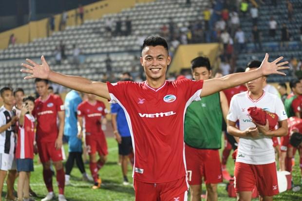 Tien ve Duc Chien: 'Bai tay' giup Viettel pha loi choi cua Ha Noi FC? hinh anh 3