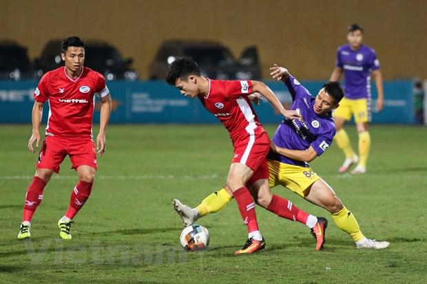Viettel vo dich V-League 2020: 'Nha vua' dung giua nhung lan ranh hinh anh 3