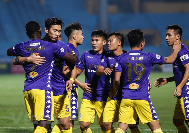 Ha Noi FC: Thay gi tu 'nha vua' bi truat ngoi vi thong tri V-League? hinh anh 1