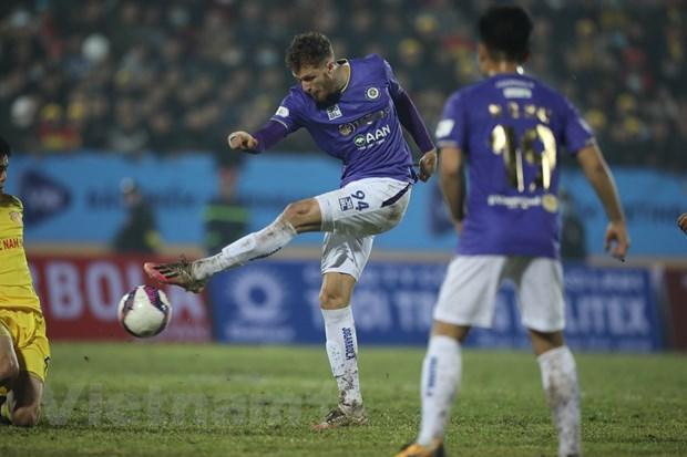 Vong 1 V-League 2021: Ngoai binh tiep tuc ap dao cau thu Viet Nam hinh anh 1