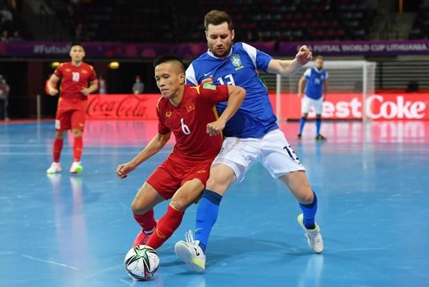 Khoanh khac tuyen futsal Viet Nam sut tung luoi Brazil o World Cup hinh anh 5