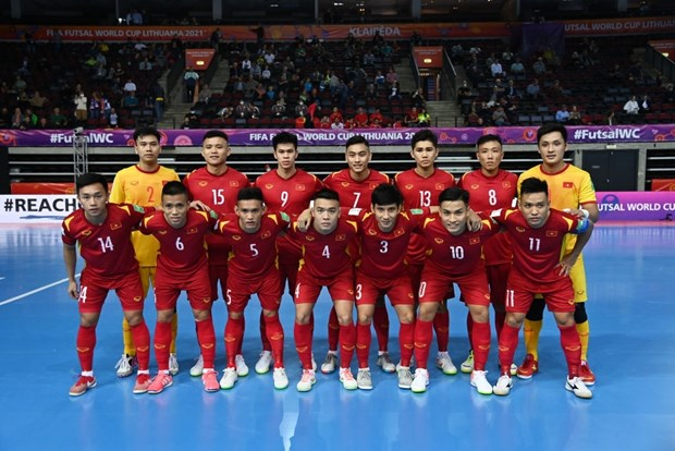 Khoanh khac tuyen futsal Viet Nam sut tung luoi Brazil o World Cup hinh anh 8