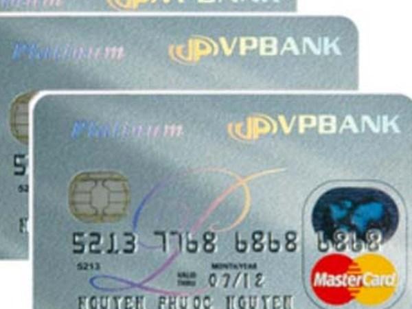 Chi tieu bang the VPBank Mastercard duoc nhan iPad hinh anh 1