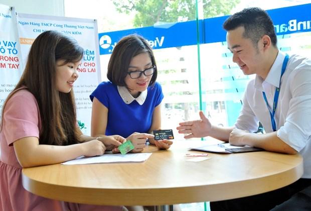 Chu the VietinBank Premium Banking co co hoi du lich chau Au hinh anh 1