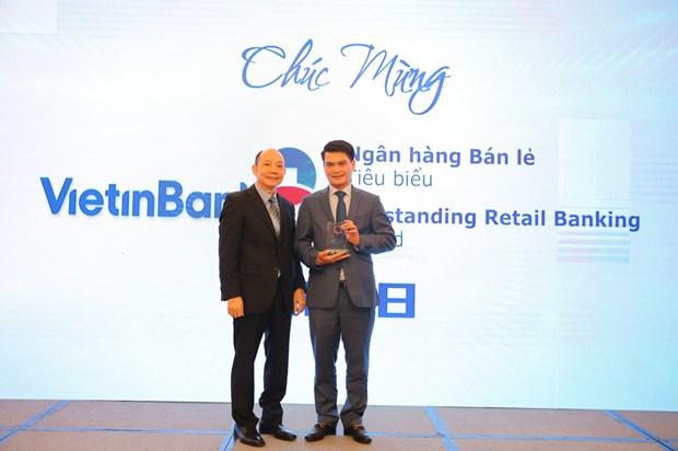 VietinBank nhan cu dup giai thuong ngan hang ban le nam 2018 hinh anh 1