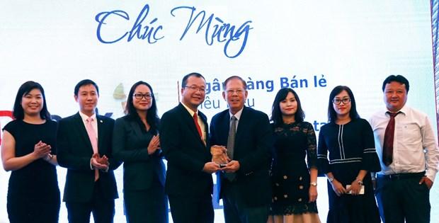 HDBank dat giai 'Ngan hang ban le tieu bieu nam 2018' hinh anh 2