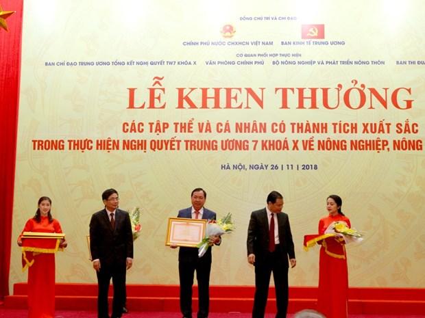 Agribank nhan Bang khen cua Thu tuong Chinh phu ve cho vay tam nong hinh anh 1