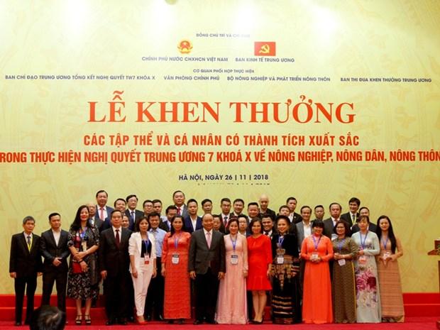 Agribank nhan Bang khen cua Thu tuong Chinh phu ve cho vay tam nong hinh anh 2