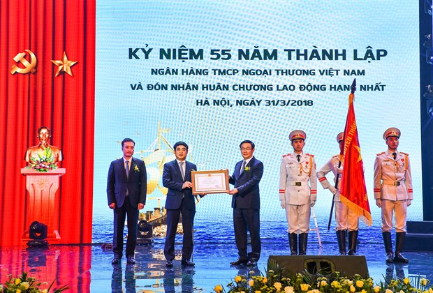 Vietcombank: Khang dinh vi the dan dau, vung vang de hoi nhap hinh anh 1