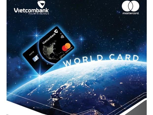 Nhieu khuyen mai nhan dip ra mat the Vietcombank Mastercard World hinh anh 1