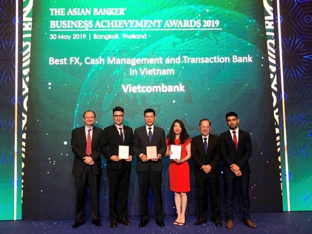 Vietcombank nhan ba giai thuong quan trong tu The Asian Banker hinh anh 1