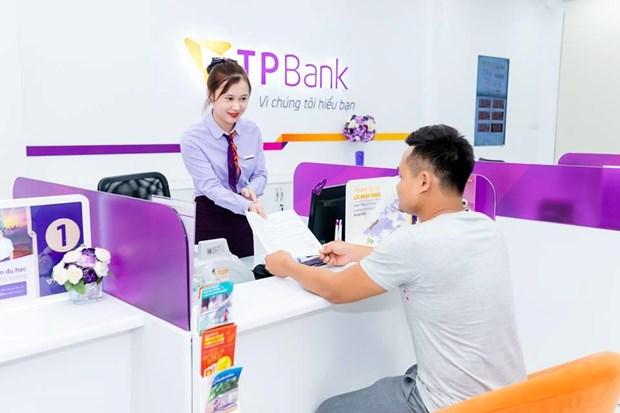 Enterprise Asia tang giai thuong kep cho ong Do Minh Phu va TPBank hinh anh 2