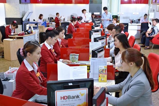 Top 10 ngan hang co loi nhuan tot nhat do Vietnam Report binh chon hinh anh 1