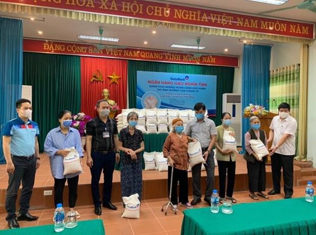 'Ngan hang gao nghia tinh' cua VietinBank: Am ap nghia tinh dong bao hinh anh 1
