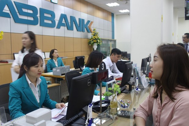 ABBANK danh 2.000 ty dong tiep tuc giam lai suat khach hang ca nhan hinh anh 1