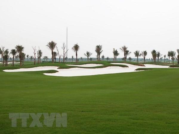 Chu the VietinBank Visa Signature duoc huong uu dai khi choi golf hinh anh 1
