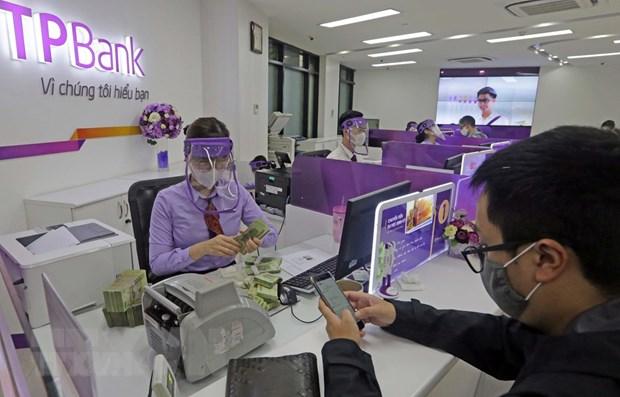 Toan bo chi nhanh cua TPBank duoc phun khu khuan phong COVID-19 hinh anh 1