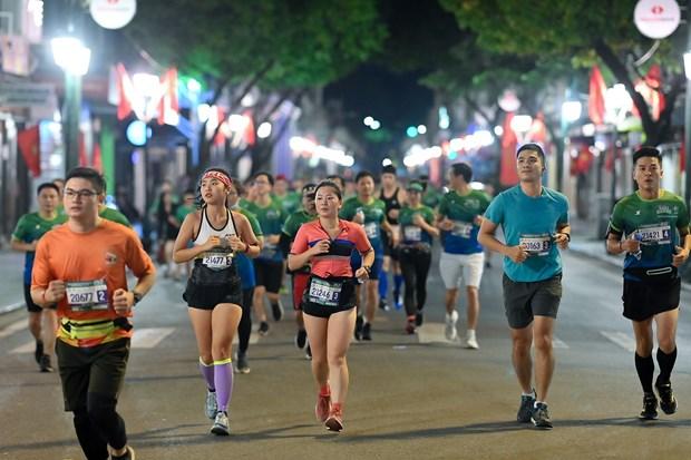 Nhieu 'chan chay' dot pha tai VPBank Hanoi Marathon ASEAN 2020 hinh anh 1