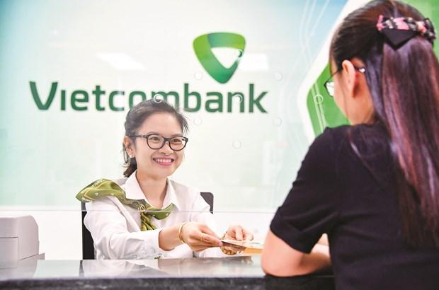 Hoat dong ngan hang ban le Vietcombank - Chuyen doi de but pha hinh anh 2
