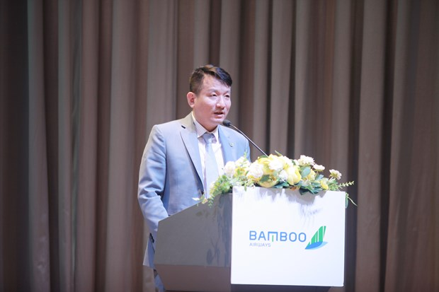 Tich hop nhieu tien ich trong the dong thuong hieu OCB-Bamboo Airways hinh anh 2
