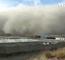 """[Video] Một huyện của Trung Quốc bị bão cát """"nuốt chửng trong chớp mắt"""