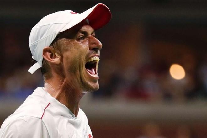John Millman gây sốc khi hạ Federer. (Nguồn: AP)