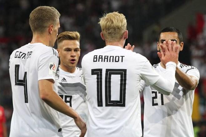 Tuyển Đức vất vả giành chiến thắng đầu sau thảm họa World Cup 2018