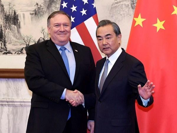 Ngoại trưởng Mỹ Mike Pompeo và Ngoại trưởng Trung Quốc Vương Nghị. Nguồn: Reuters