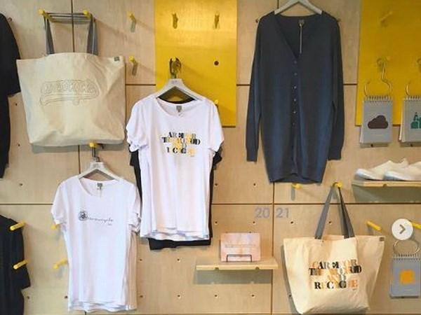 Ứng dụng công nghệ tái chế biến quần áo cũ thành mới tại Hồng Kông