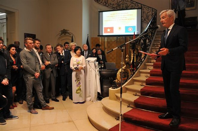 Trang trọng lễ kỷ niệm 73 năm Quốc khánh tại Vương quốc Bỉ