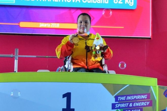Asian Para Games: Đặng Thị Linh Phượng bất ngờ giành HCV cử tạ