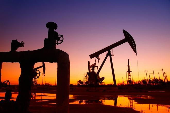 OPEC đang tìm cách cắt đủ sản lượng, giá dầu tiếp tục giảm - ảnh 1