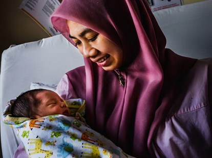 Malaysia loai bo thanh cong lay truyen HIV tu me sang con