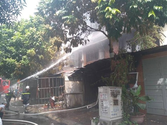 Đã tìm thấy thi thể nạn nhân trong vụ cháy tại khu đô thị Trung Văn - ảnh 1