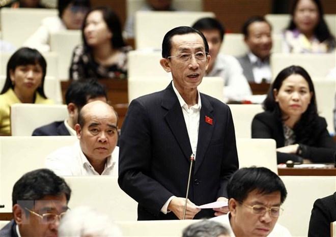 Đại biểu Quốc hội Thành phố Hồ Chí Minh Trần Hoàng Ngân phát biểu. Ảnh: Văn Điệp/TTXVN