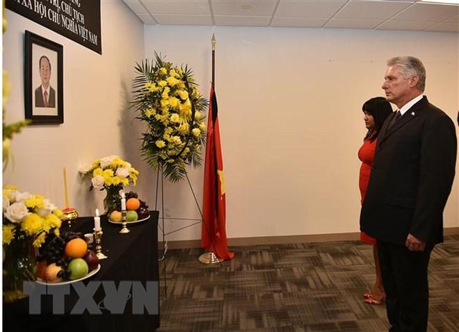 Lễ viếng và mở sổ tang Chủ tịch nước Trần Đại Quang tại LHQ 3