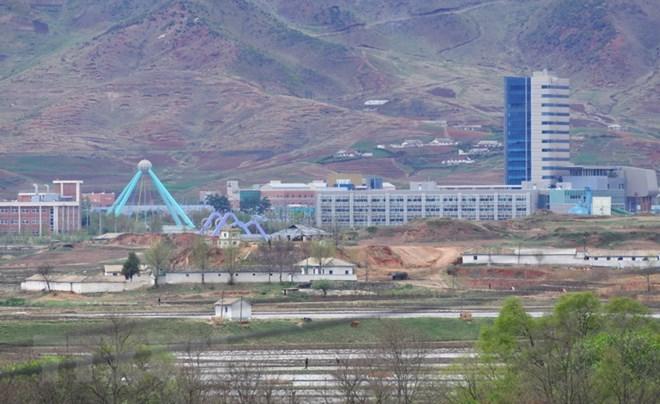 Toàn cảnh Khu công nghiệp chung Kaesong giữa hai miền Triều Tiên. Nguồn: AFP/TTXVN