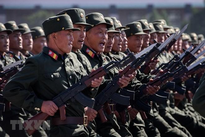 Binh sỹ trong lễ diễu binh kỷ niệm 70 năm Quốc khánh Triều Tiên tại quảng trường Kim Nhật Thành ở thủ đô Bình Nhưỡng ngày 9/9. (Ảnh: AFP/TTXVN)