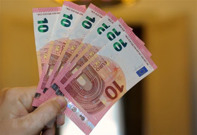 Ngân khố các quốc gia châu Âu ''chảy máu'' 55 tỷ euro do lừa đảo thuế