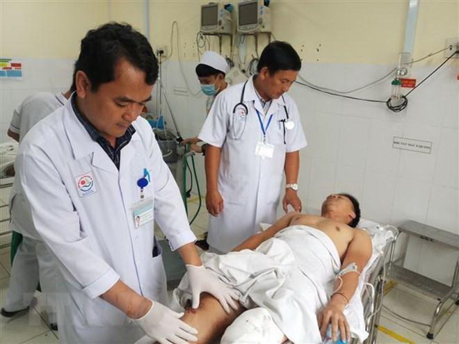 Khánh Hòa tích cực điều trị nạn nhân vụ xe khách đâm vào nhà dân - ảnh 1